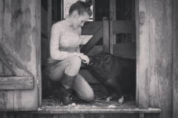 Хозяйка мини-пига рассказывает о трудностях и радостных моментах содержания свиньи